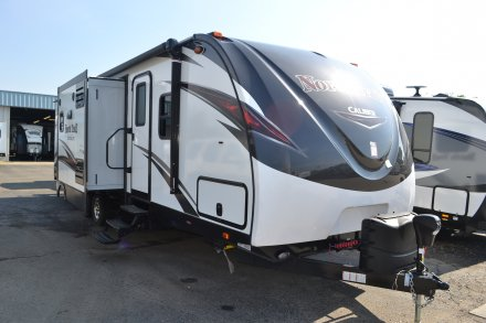 2018 North Trail 33BKSS Travel Trailer Link to Photo 146892