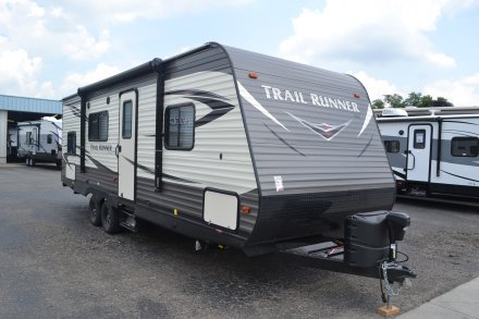 2018 Trail Runner SLE 25SLE Travel Trailer Link to Photo 155001
