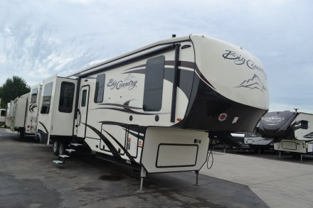 2018 Big Country 4011ERD Fifth Wheel Link to Photo 153043