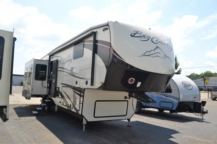 2018 Big Country 3560SS Fifth Wheel Link to Photo 152653