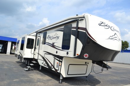 2018 Big Country 4010RD Fifth Wheel Link to Photo 159824