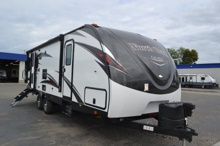 2018 North Trail 26LRSS Travel Trailer Link to Photo 162651