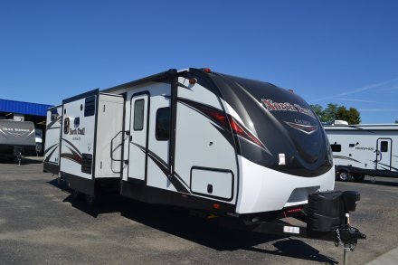 2018 North Trail 33BKSS Travel Trailer Link to Photo 162023