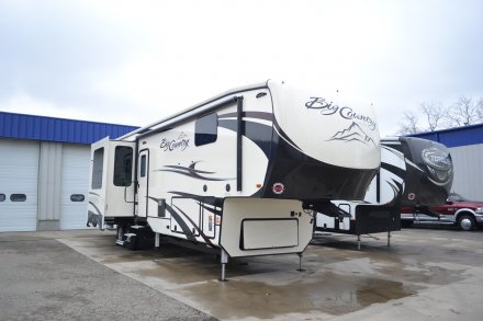 2018 Big Country 3965DSS Fifth Wheel Link to Photo 183739