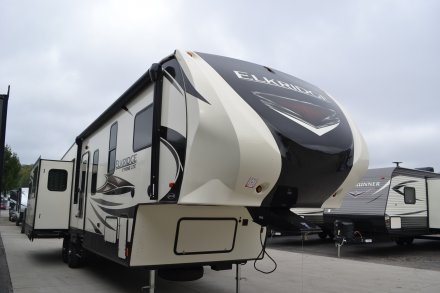 2018 Elkridge Xtreme Light E361 Fifth Wheel Link to Photo 163718
