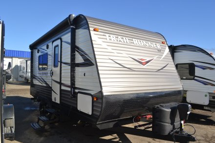 2018 Trail Runner SLE 18SLE Travel Trailer Link to Photo 175244