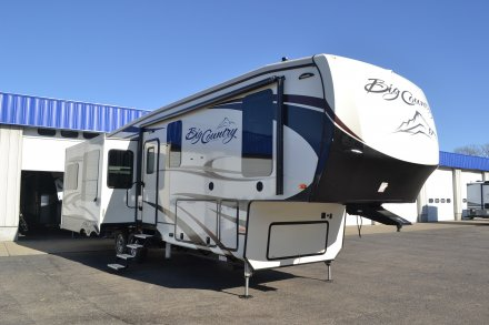 2018 Big Country 3155RLK Fifth Wheel Link to Photo 169609