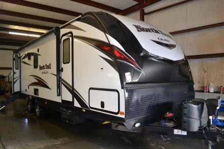 2018 North Trail 25LRSS Travel Trailer Link to Photo 173972