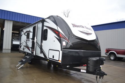 2018 North Trail 22FBS Travel Trailer Link to Photo 177107