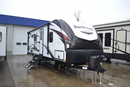 2018 North Trail 22FBS Travel Trailer Link to Photo 172900
