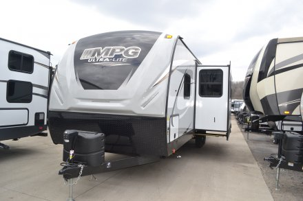 Mpg Travel Trailers By Cruiser Rv