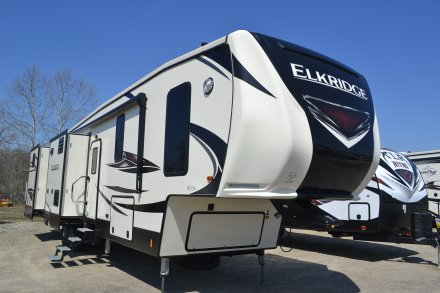 2018 Elkridge 38RSRT Fifth Wheel Link to Photo 184454