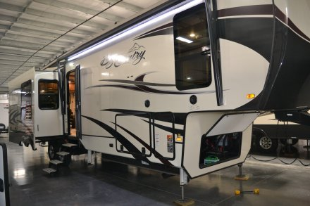 2018 Big Country 3310QSCK Fifth Wheel Link to Photo 232846