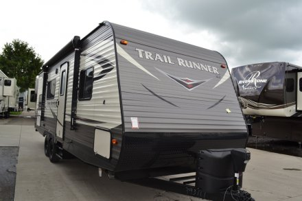 2019 Trail Runner SLE 25SLE Travel Trailer Link to Photo 194424