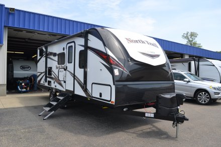 2019 North Trail 24BHS Travel Trailer Link to Photo 190679