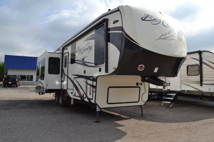 2019 Big Country 3155RLK Fifth Wheel Link to Photo 192603