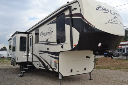 2019 Big Country 4011ERD Fifth Wheel Link to Photo 212945