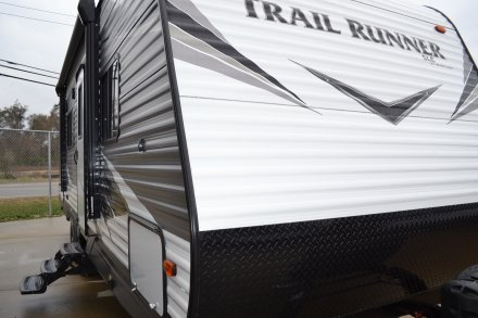 2019 Trail Runner SLE 25SLE Travel Trailer Link to Photo 225659