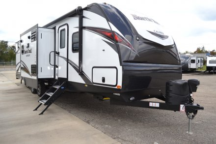 2019 North Trail 33BKSS Travel Trailer Link to Photo 222042
