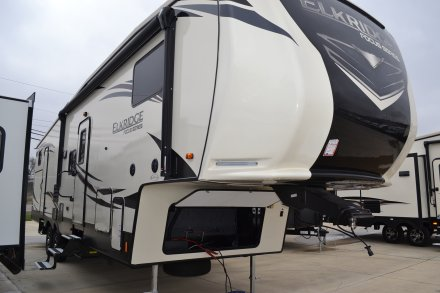 2019 Elkridge 327BH Fifth Wheel Link to Photo 224691