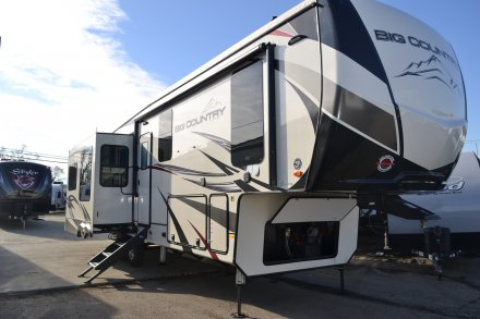 2019 Big Country 3155RLK Fifth Wheel Link to Photo 231766