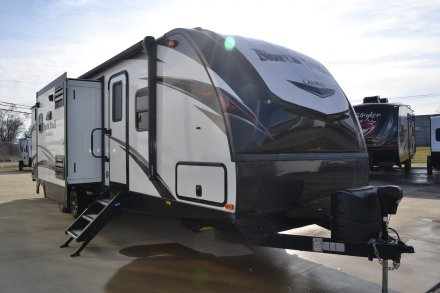 2019 North Trail 33BKSS Travel Trailer Link to Photo 240440