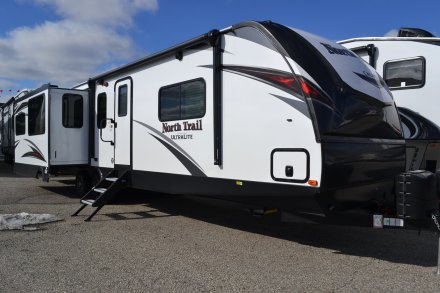 2019 North Trail 33RETS Travel Trailer Link to Photo 239621