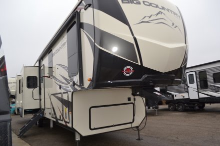 2019 Big Country 3806RKD Fifth Wheel Link to Photo 237839