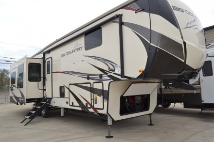 2020 Big Country 3560SS Fifth Wheel Link to Photo 254395