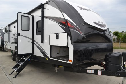 2020 North Trail 31QUBH Travel Trailer Link to Photo 288802