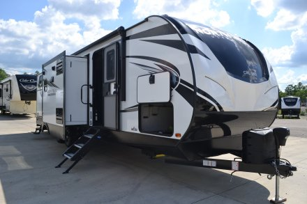 2021 North Trail 33BKSS Travel Trailer Link to Photo 355821