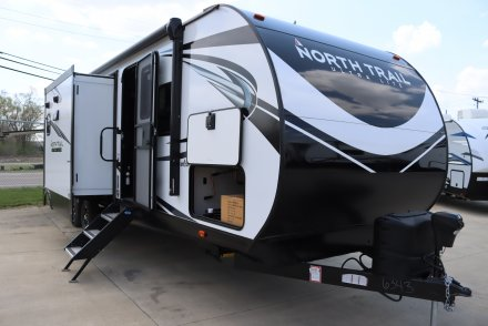 2021 North Trail 33BKSS Travel Trailer Link to Photo 382717