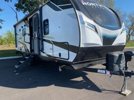 2022 North Trail 22FBS Travel Trailer Link to Photo 399232