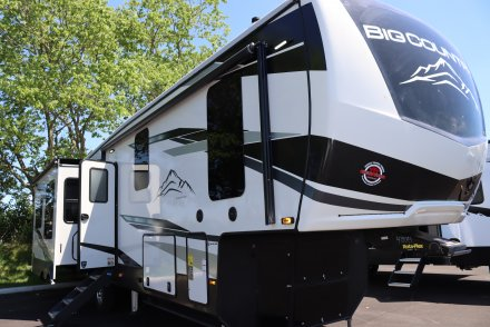 2021 Big Country 3460GK Fifth Wheel Link to Photo 388440