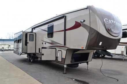 2016 Gateway 3680FB Fifth Wheel Link to Photo 103941