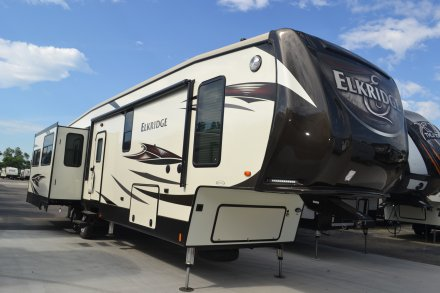 2017 Elkridge 39MBHS Fifth Wheel Link to Photo 114375