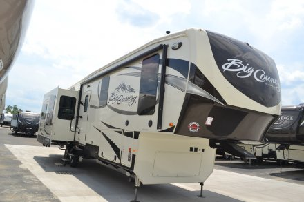 2017 Big Country 3650RL Fifth Wheel Link to Photo 114490