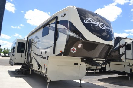 2017 Big Country 3560SS Fifth Wheel Link to Photo 114853