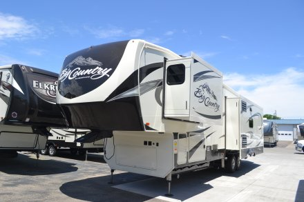 2017 Big Country 3650RL Fifth Wheel Link to Photo 115010