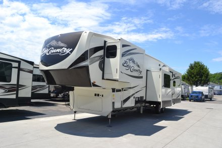 2017 Big Country 3850MB Fifth Wheel Link to Photo 115047