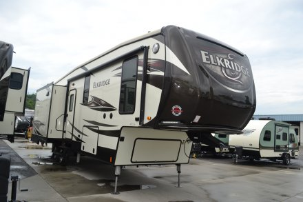 2017 Elkridge 30RLT Fifth Wheel Link to Photo 120022