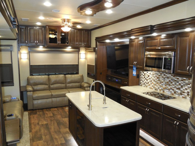 2017 Riverstone 37rl Fifth Wheel By Forest River On Sale