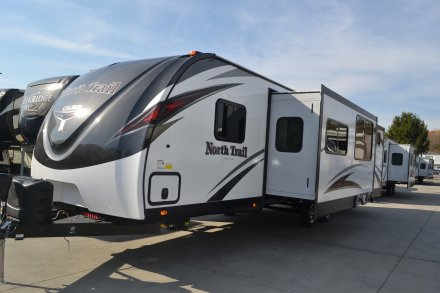 2017 North Trail 32BUDS Travel Trailer Link to Photo 129277