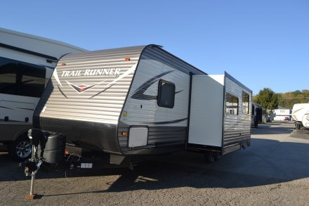 2017 Trail Runner SLE 302SLE Travel Trailer Link to Photo 127982