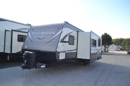 2017 Trail Runner 30USBH Travel Trailer Link to Photo 126971