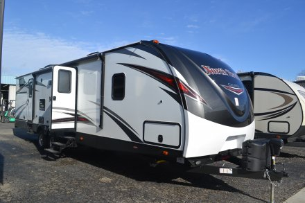 2017 North Trail 33BUDS Travel Trailer Link to Photo 131374