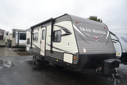 2017 Trail Runner SLE 25SLE Travel Trailer Link to Photo 138773