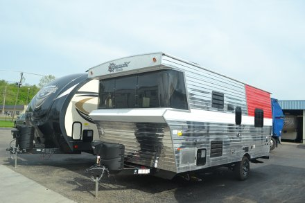 2018 Terry Classic V21 Travel Trailer Link to Photo 144891
