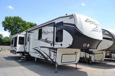 2018 Big Country 3850MB Fifth Wheel Link to Photo 148854